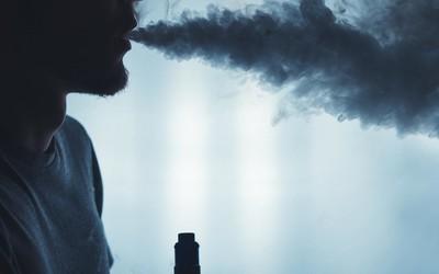 美国疾控中心确认2051例电子烟肺病 病因仍未查明