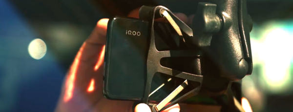 iQOO Neo 855版 助力保时捷运动杯车手圈速挑战赛