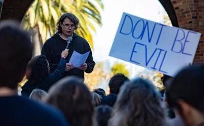"""谷歌员工举行抗议活动:""""他们希望我们感到恐惧"""""""