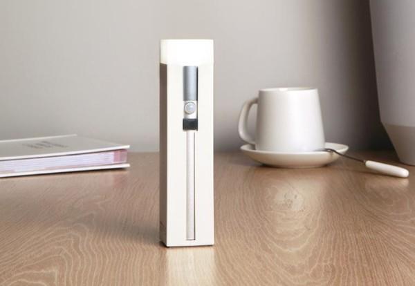 小米有品上架多功能感应手电筒 双感应亮灯 应急充电