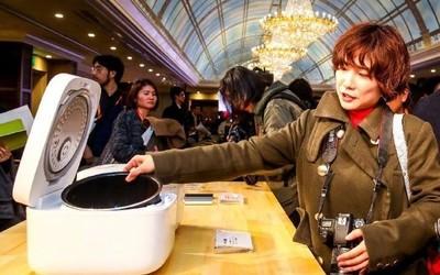攻守之势异也 雷军:小米终于把电饭煲卖回日本了