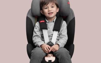 QBORN 0-12岁旋转儿童安全座椅上架小米有品 1399元