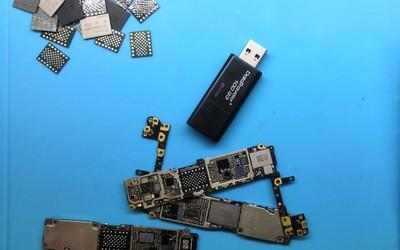 摩咔學院巧用蘋果手機主板硬盤芯片,秒變高速存儲器