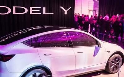 特斯拉公布首张Model Y投产照片 车身技术取得新突破