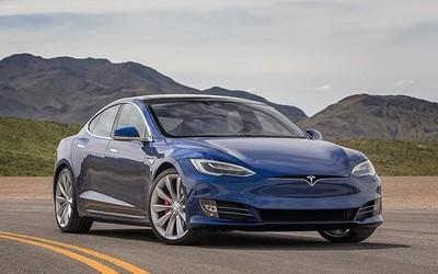外媒:特斯拉远程将一辆二手Model S的自动驾驶移除