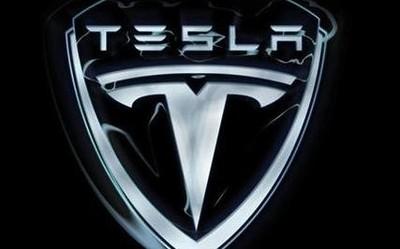 特斯拉将建造首条电池☆试点产线 或�@一�^迎来首批自产电池√