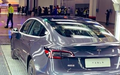 外媒:国产特斯拉Model 3恢复交付 周产量可达3000辆