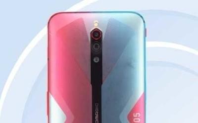 红魔5G游戏手机渲染图曝光 红蓝搭配网友直呼好看!
