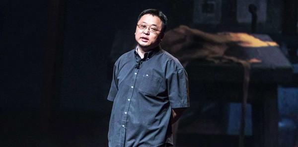 罗永浩否认开直播 卖书做手机听传销课 他的人生很精彩
