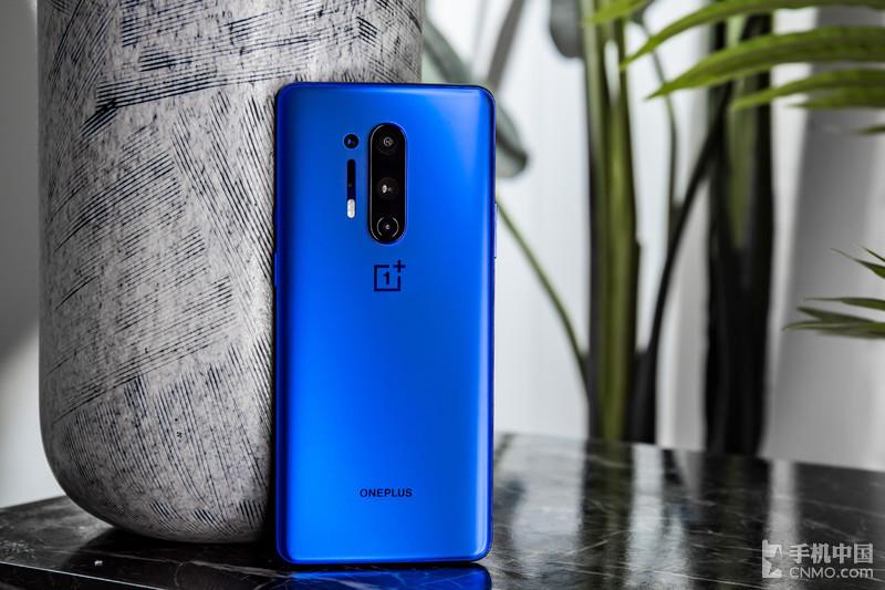 一加8 Pro蓝调版图赏:感受极致的工业设计之美