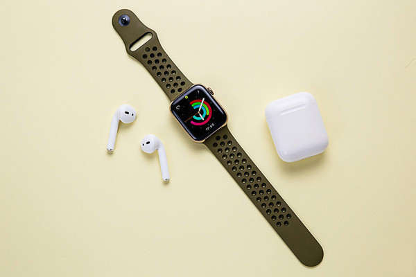 Apple Watch+AirPods
