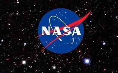 为了在月球上找到水 NASA将向月球发射激光照亮深坑