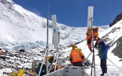 中国移动5G信号覆盖珠峰峰顶 前进营地5G速率实测