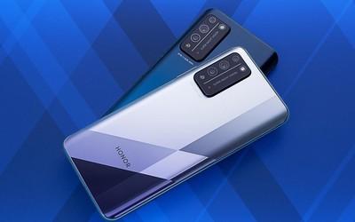 谁说千元机没有好设计 探索5G手机荣耀X10的设计之秘