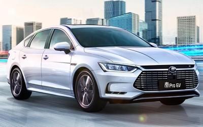 """一辆比亚迪秦Pro EV在深圳起火 不再""""零安全事故"""""""