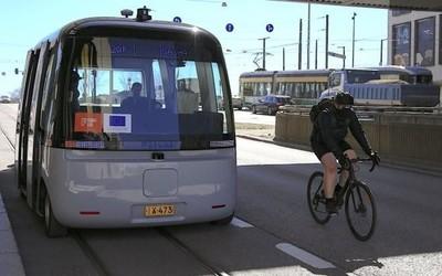 未来自动驾驶公交系统亮相 将在欧洲5个城市进行测试