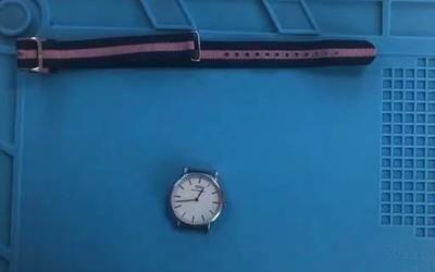 DW手表不走针,更换电池轻松搞定