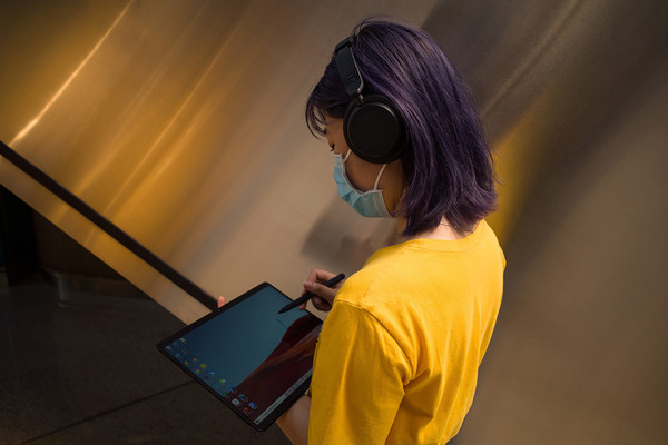 Surface Headphones 2与Surface Pro X