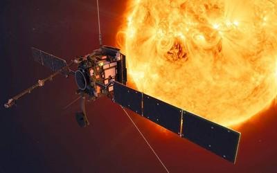 NASA和ESA将展示太阳轨道器的第一批图像 并直播展示