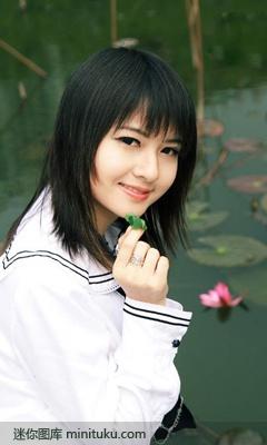 清纯美丽的学生妹