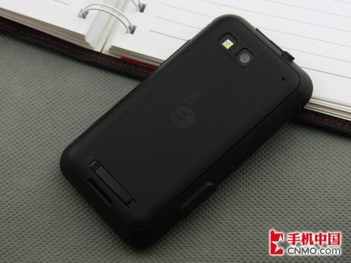 3.7寸屏三防Android 摩托罗拉ME525赏析