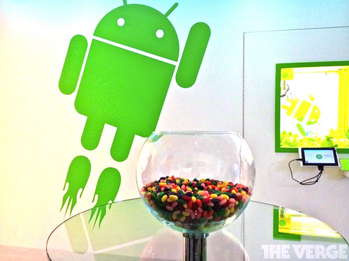 Android 5.0 在第二季�l�鸭��僦{言 秋季发布