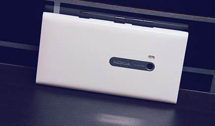 WP7旗舰手机 诺基亚Lumia 900正式上市