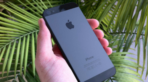 更大屏幕 9针接口 下一代iPhone再曝光