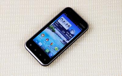 千元4英寸双核双卡智能 夏新N816评测