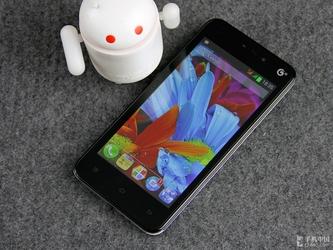 四核芯片TD+G双卡双待 现代X7手机评测