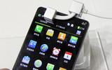 5英寸720p双核4G LTE 酷派8920亮相展会