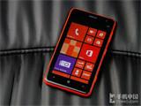 4.7英寸时尚WP8 诺基亚Lumia 625评测