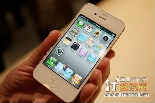不等小米选苹果 白色iphone