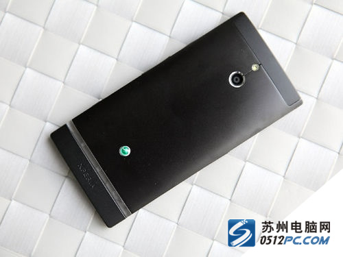 乐双核智能拍照手机 索尼LT22i售1500元
